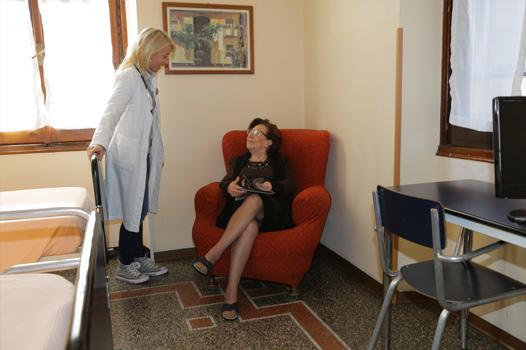Casa Laura: Assistenza medica di 1° livello e assistenza specializzata