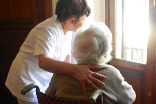 Casa Laura: accoglienza di anziani autosufficienti e non